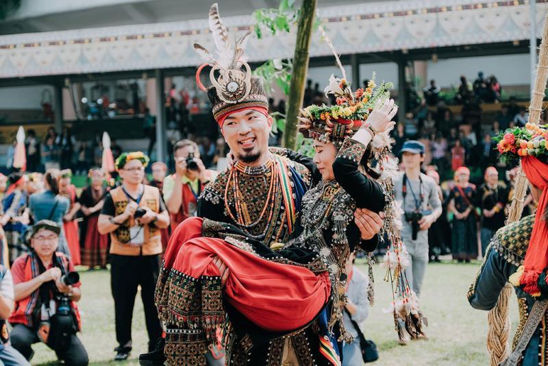 盪鞦韆後的新人  年度:2019  來源:茂林國家風景區管理處