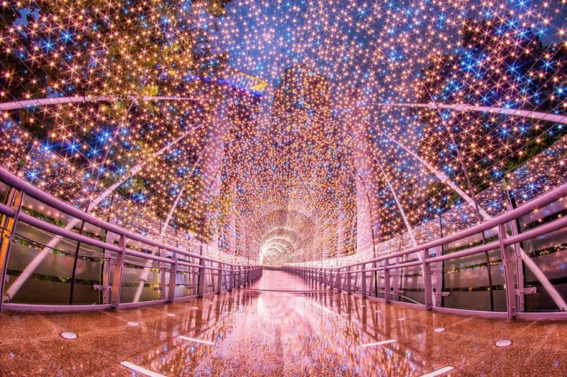 光彩奪目的燈飾隧道  年度:2018  來源:新北市政府觀光旅遊局