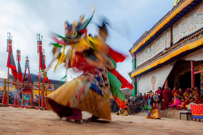 雪域光影-西藏攝影作品聯展(慶典迎神)  作者:謝美華  來源:文化部
