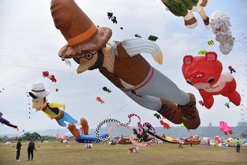 童話風箏秀  年度:2019  來源:桃園市政府觀光旅遊局