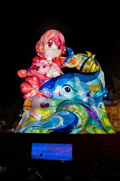 傳統副燈-東港故事  年度:2019  來源:交通部觀光局