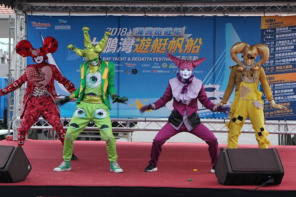 系列活動期間安排各式舞團及街頭藝人演出  年度:2018  來源:大鵬灣國家風景區管理處