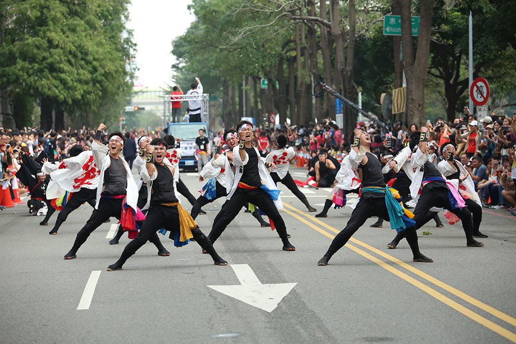 來自愛知縣犬山市的笑隊,強勁的動作和表情充滿張力  年度:2018  來源:臺中市政府