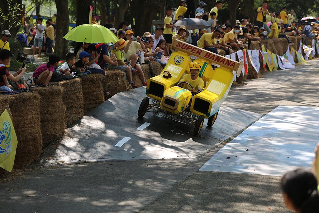 造型特異的香蕉車,勇奪今年的冠軍。  年度:2019  來源:西拉雅國家風景區管理處