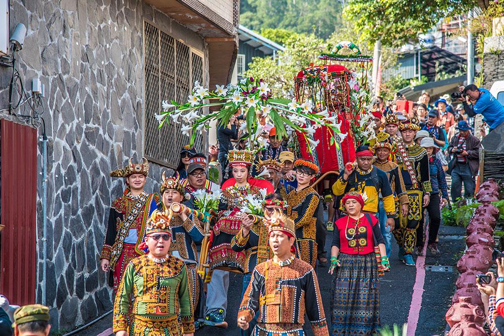 魯凱族送親隊伍  年度:2017  來源:茂林國家風景區管理處