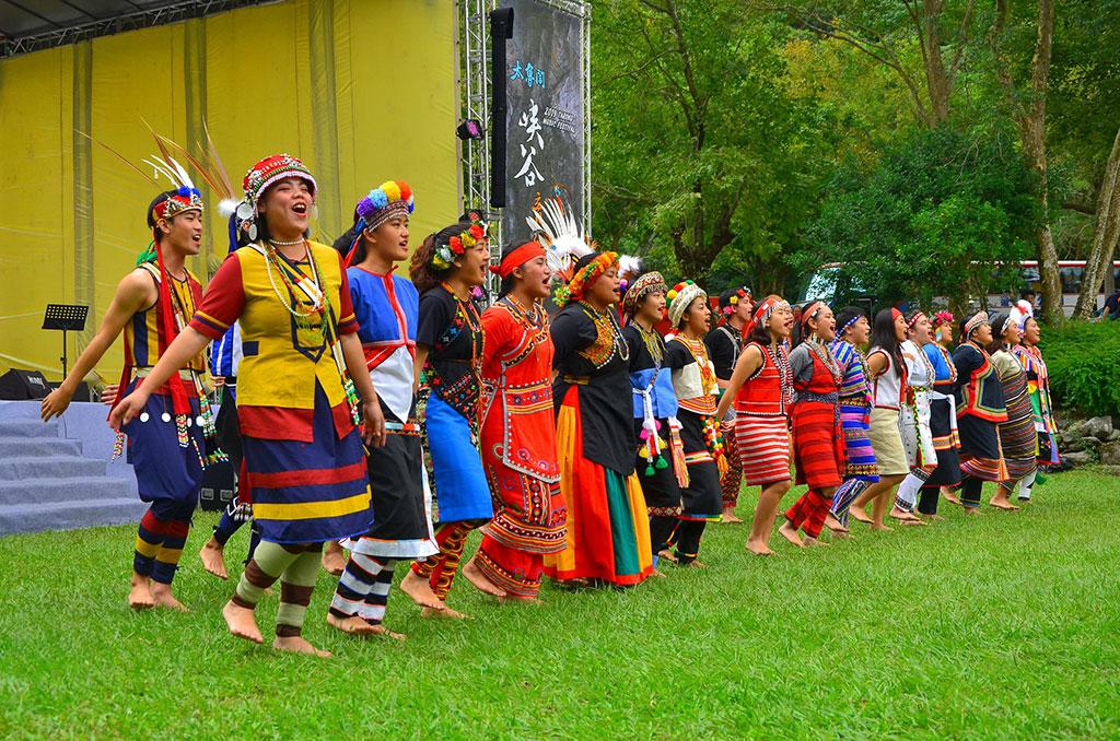 東華大學原住民學院舞蹈團  年度:2019  作者:林茂耀  來源:太魯閣國家公園管理處