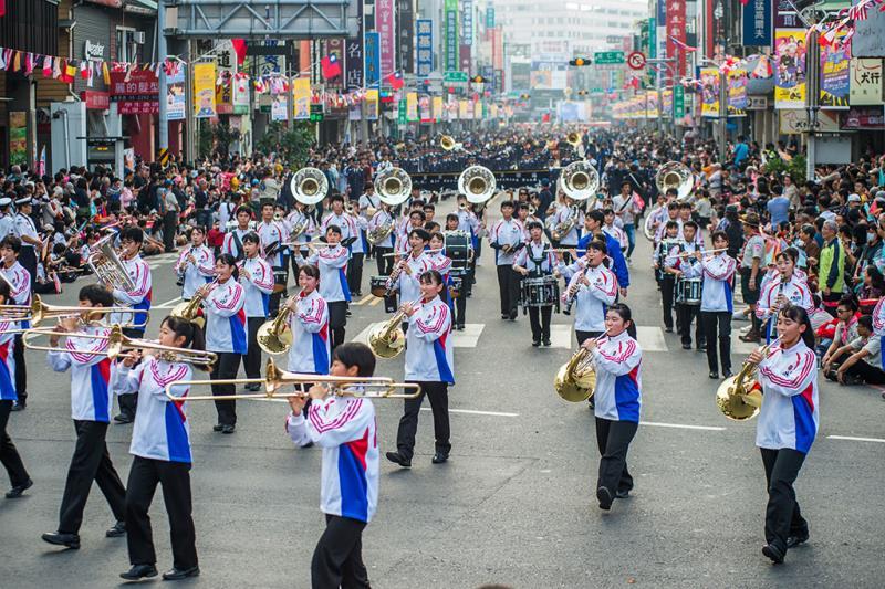 踩街嘉年華-日本安城學園高等學校吹奏樂部  年度:2019  來源:嘉義市政府