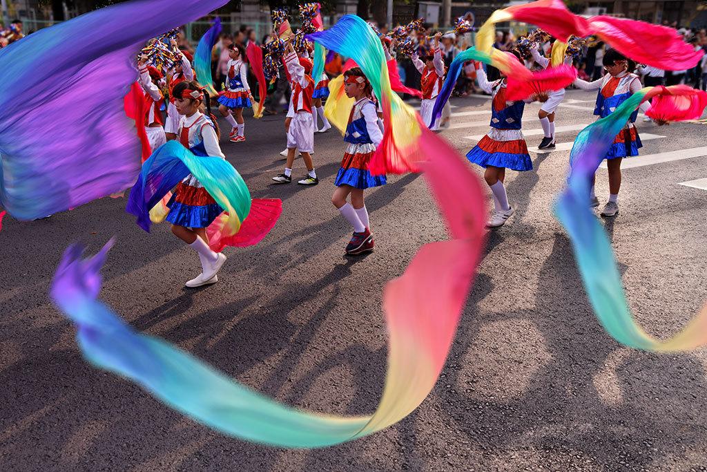 首獎《繽紛飛舞》  年度:2018  作者:潘丁榮  來源:嘉義市政府文化局