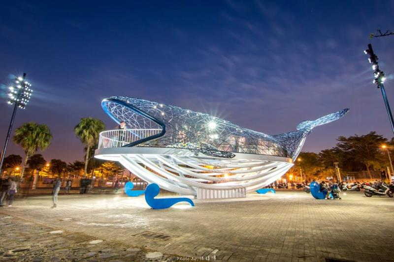安平港打卡新熱點 大魚的祝福裝置藝術