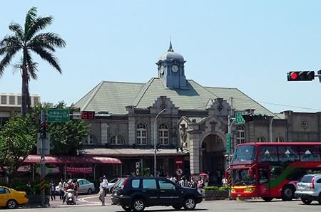 古色古香的新竹火車站
