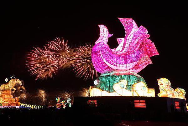 台湾ランタンフェスティバルのメインランタン