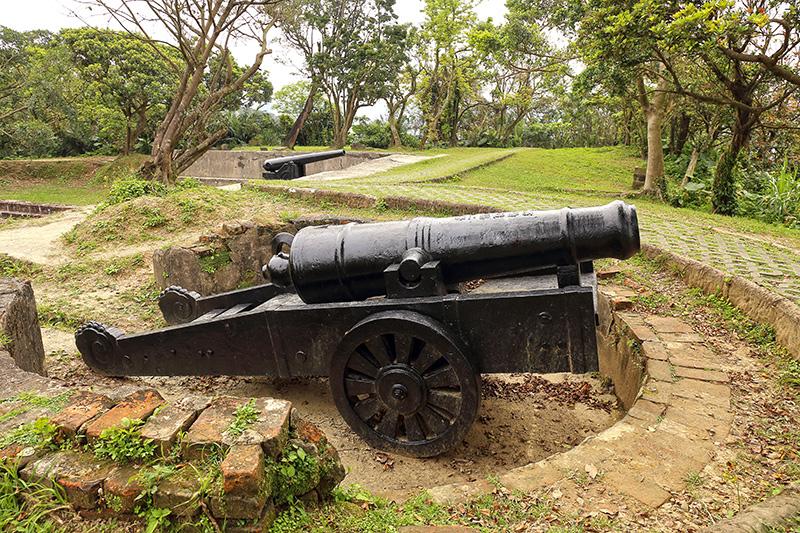 Fortaleza y baterías de Ershawan