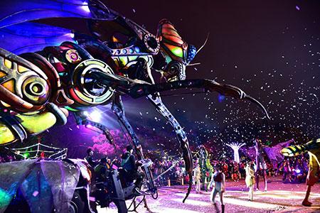 台灣燈會必看表演-法國森林機械巨蟲秀