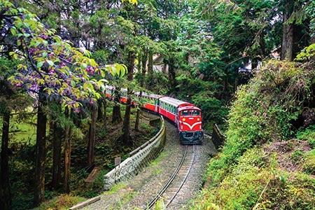英國電視節目來台拍攝 台灣鐵道之美登國際舞台